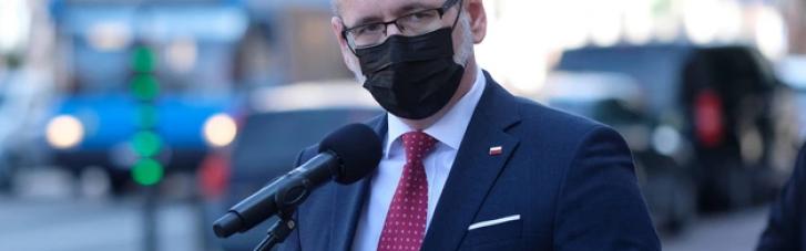 Польща продовжила жорсткий карантин