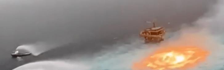 На нафтопроводі у Мексиканській затоці спалахнула пожежа (ВІДЕО)