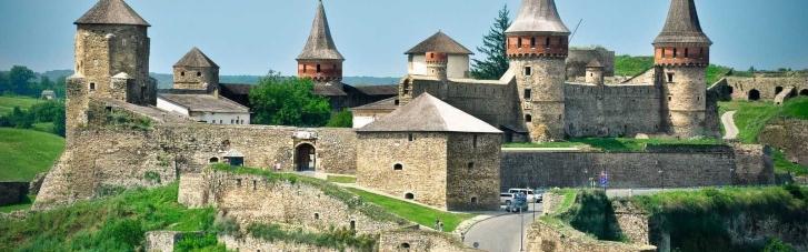 ФДМ пропонує орендувати частину фортеці в Кам'янець-Подільському