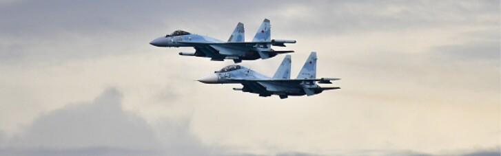 Россия перебросила в Крым полсотни боевых самолетов, а Зеленский пошел войной на Вовка. Главные события страны 12—18 апреля
