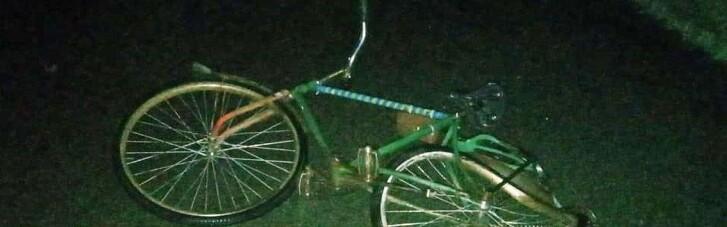 На Черниговщине водитель грузовика сбил двух велосипедисток и пытался бежать через границу