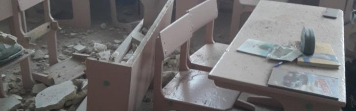 У школі на Чернігівщині вже втретє обвалилася стеля (ФОТО)