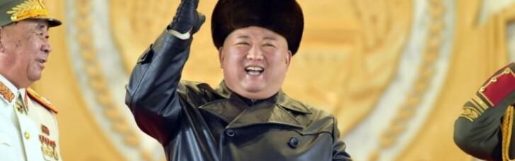 Кім Чен Ин похизувався новими балістичними ракетами (ФОТО)