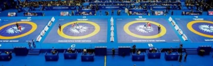 У России забрали чемпионат мира по борьбе