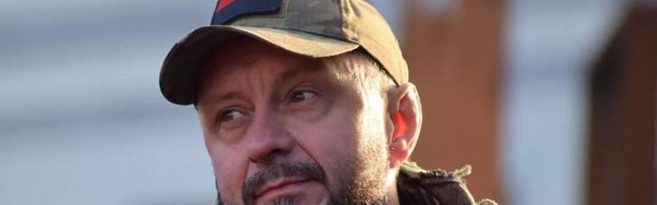 Справа Шеремета: активісти не дозволяють вивезти Антоненка з суду (ВІДЕО)