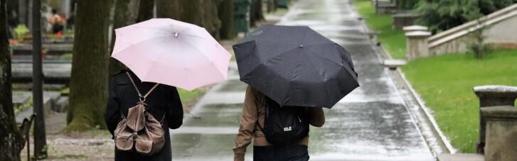 В понедельник почти во всех областях Украины пройдут дожди (КАРТА)