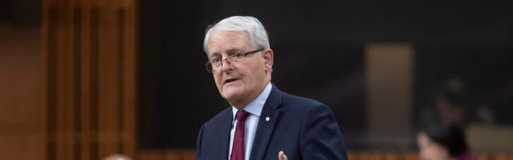Окупація Криму: глава МЗС Канади запевнив, що на РФ продовжать тиснути