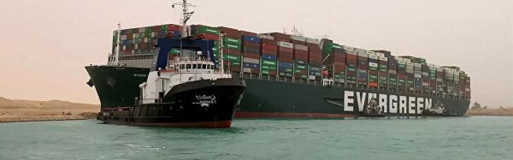 Навігація в Суецькому каналі відновилася