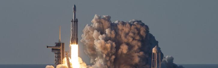 Японський мільярдер збирає команду для польоту на Місяць (ВІДЕО)