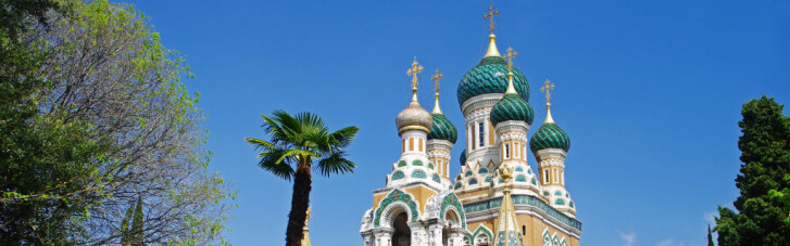 The Guardian: Кремль відбирає церкви у росіян, які тікали від більшовицького перевороту