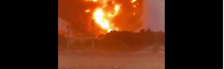 Вибухи на складах в Казахстані тривають: проводиться евакуація населення
