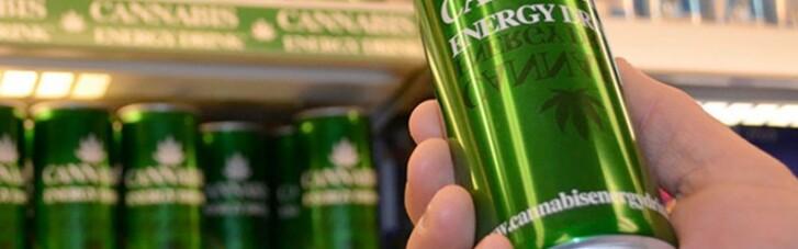 Пити канабіс. Навіщо Канаді тисячі гектарів української конопель