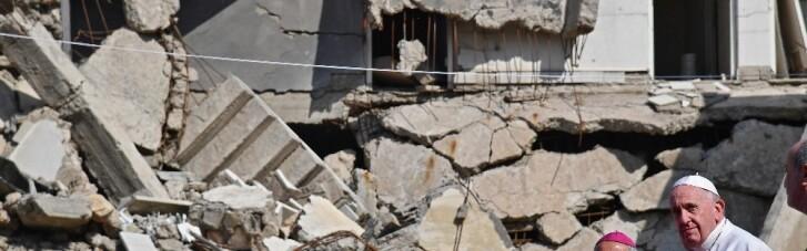 """Папа Римський приїхав до колишньої """"столиці"""" ІДІЛ в Іраку (ФОТО)"""