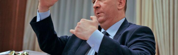 Андрій Рева: Мінфін для економії хоче в ручному режимі відсікати людей від соцдопомоги