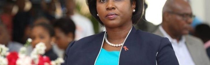 Дипломаты опровергли информацию о смерти жены убитого президента Гаити