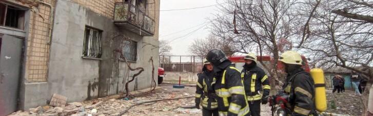 В Одессе в жилом доме взорвался газ: один человек погиб (ФОТО)