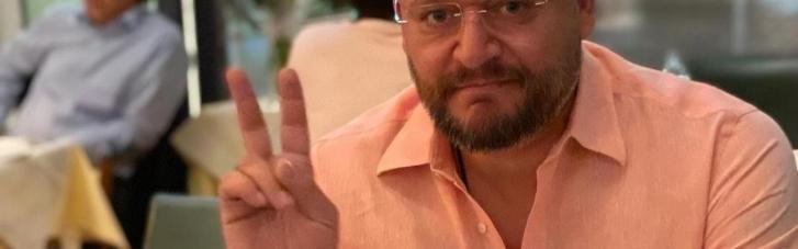 """Добкін заспівав на концерті з нагоди 9 травня на новому """"телеканалі Медведчука"""" (ВІДЕО)"""