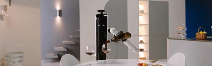 Робот-дворецкий, умные маски и помада, меняющая цвет: главные гаджеты 2021 года