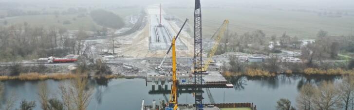 Будівництво доріг допомогло компенсувати падіння ВВП України в 2020 році, – економіст