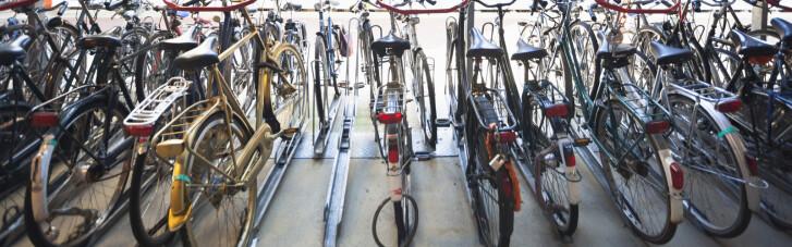 """Двоколісний дефіцит. Як велосипед для мешканців """"першого світу"""" став важливішим за авто"""