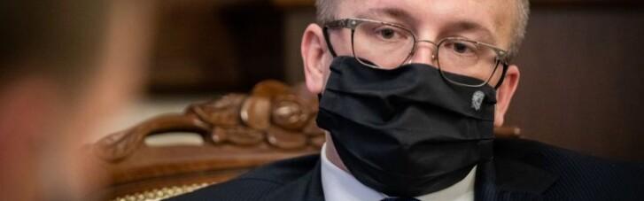 В Словакии главу спецслужбы задержали за коррупцию
