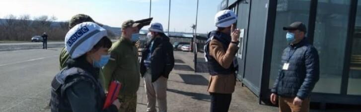 Посол Швеції в Україні приїхав до зони ООС