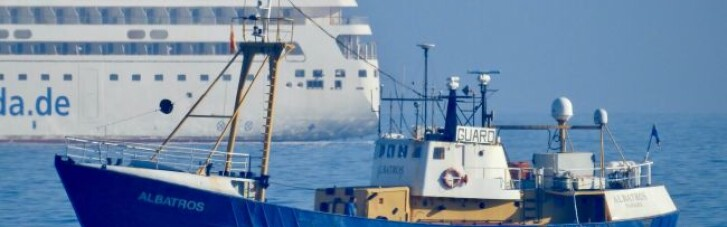 В Іспанії на судні з українськими моряками знайшли 18 тонн наркотиків, є затримані