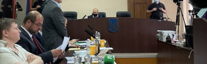 Суд продлил меру пресечения Медведчуку еще на два месяца