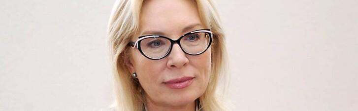 У Криму окупанти нагрянули до матері українського добровольця і затримали її