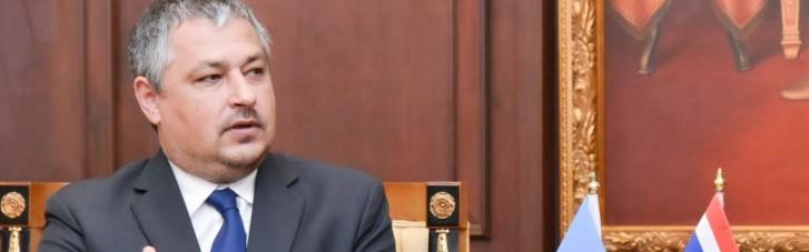Таиланд передал Украине прах посла Андрея Бешты (ФОТО)