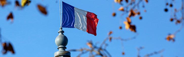 У Франції дозволили голосувати на виборах президента без COVID-паспортів