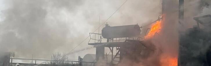 На нафтобазі в Миколаївській області сталася масштабна пожежа