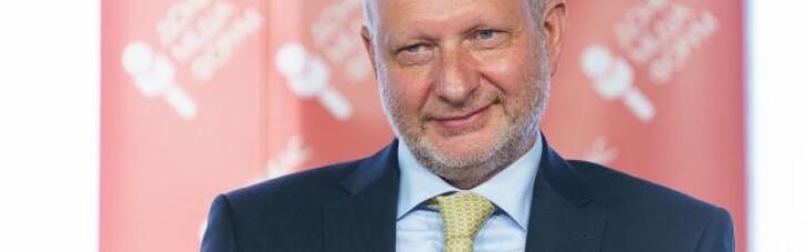 Посол ЄС в Україні вакцинувався препаратом AstraZeneca