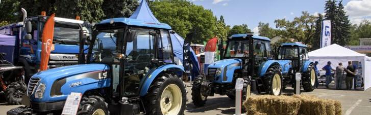 """В пику Лукашенко. Почему наши фермеры покупают """"китайцев"""" вместо """"белорусов"""""""