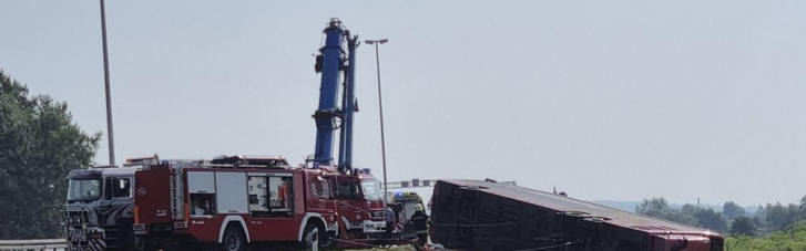У Хорватії в страшному ДТП з рейсовим автобусом загинули 10 осіб, 45 — поранені (ФОТО, ВІДЕО)