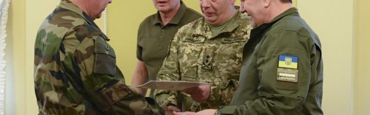 В ОПУ вручили посвідчення учасника бойових дій понад 20 добровольцям (ФОТО)