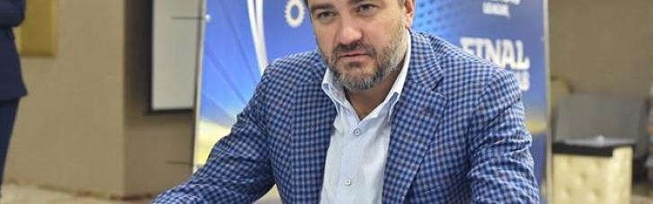 Президент УАФ спеціально відправився до Риму для переговорів щодо форми збірної України