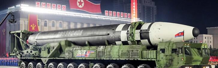 КНДР запустила в сторону Японии две баллистические ракеты