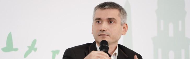 """Как Зеленский будет преодолевать новый """"судейский заговор"""" — интервью с Романом Куйбидой"""