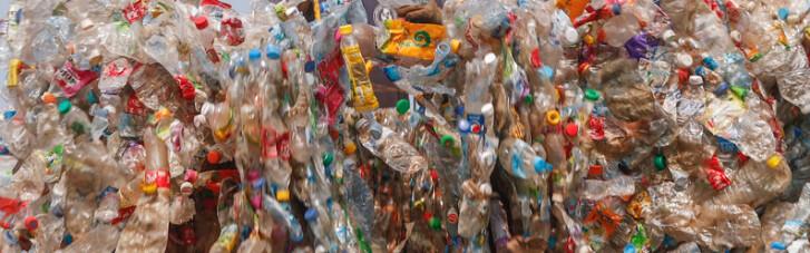 Пластмассовый мир проиграл. Как Азия предоставила Западу самому тонуть в пластике