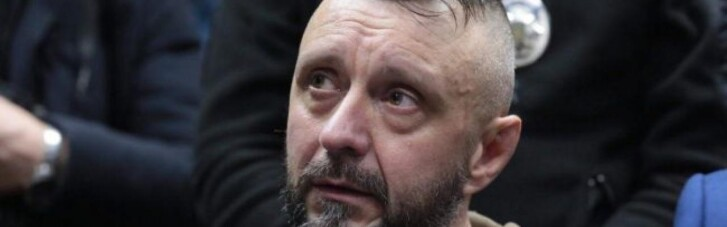 Суд отказался отпустить Антоненко на поруки Порошенко
