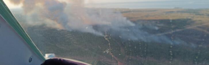 ДСНС відзвітувала про боротьбу із пожежею на полігоні на Херсонщині (ВІДЕО)
