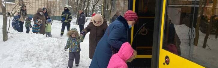 В Киеве в детском саду произошел пожар: эвакуировали более 120 детей (ФОТО)