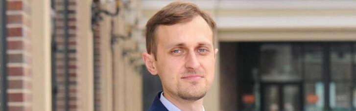 Медіаюрист Роман Головенко: Новий канал Медведчука може почати мовлення вже в березні