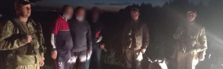 На Львівщині затримали двох нелегалів з Китаю та Лівану: хотіли пробратись до Польщі (ФОТО)