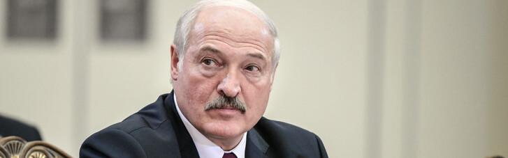 """Лукашенко привез Путину """"доказательства"""", связанные с самолетом Ryanair"""