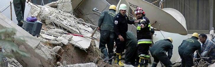 У Каїрі обвалилася будівля: майже два десятка загиблих (ФОТО)