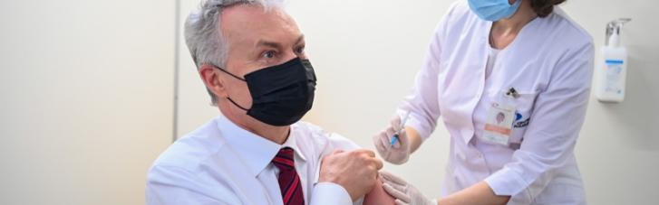 Президент Литви вакцинувався AstraZeneca