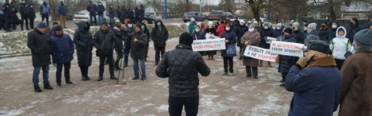Учасники тарифного протесту в Житомирі заблокували виїзд з міста (ФОТО, ВІДЕО)