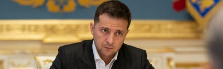 Зеленский решил защитить украинцев, имеющих долги по валютным кредитам